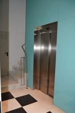 pisos-perisyvalero-ascensor